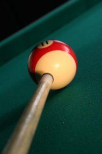 Billard Queue kaufen und Pool-Kugel